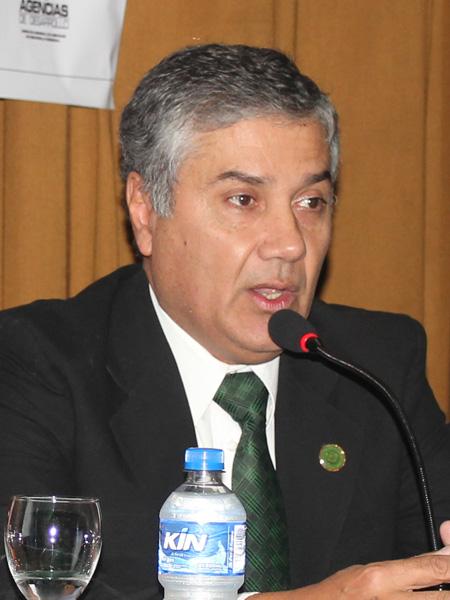 Dr. Ing. Víctor Hugo Acosta