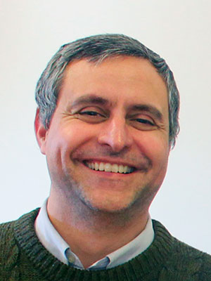 Dr. Diego Alvarez Valdés