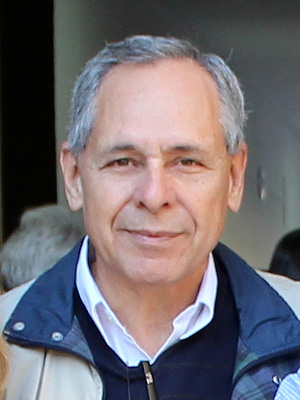 Dr. Medina Juan Carlos