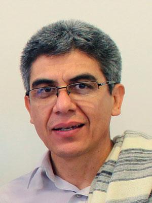 Lic. Hector R. Tevez